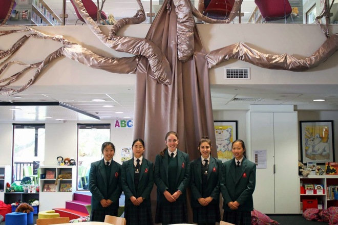 Girls_library_tree